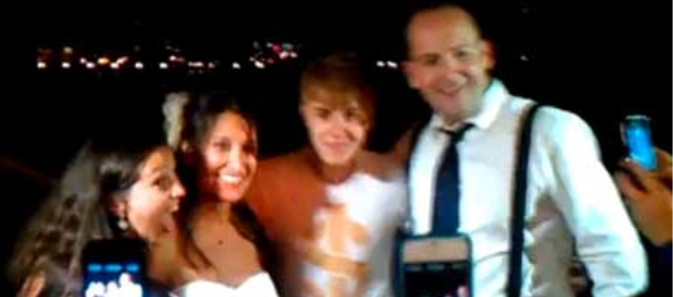 Justin Bieber, Wedding Crasher