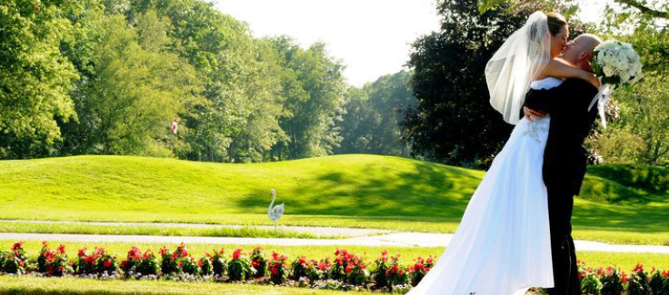 Venue Spotlight: Race Brook Country Club