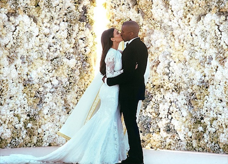 Wall of flowers from Kim Kardashian, Kanye West wedding