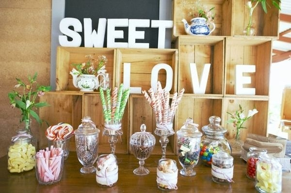 candy buffet at wedding