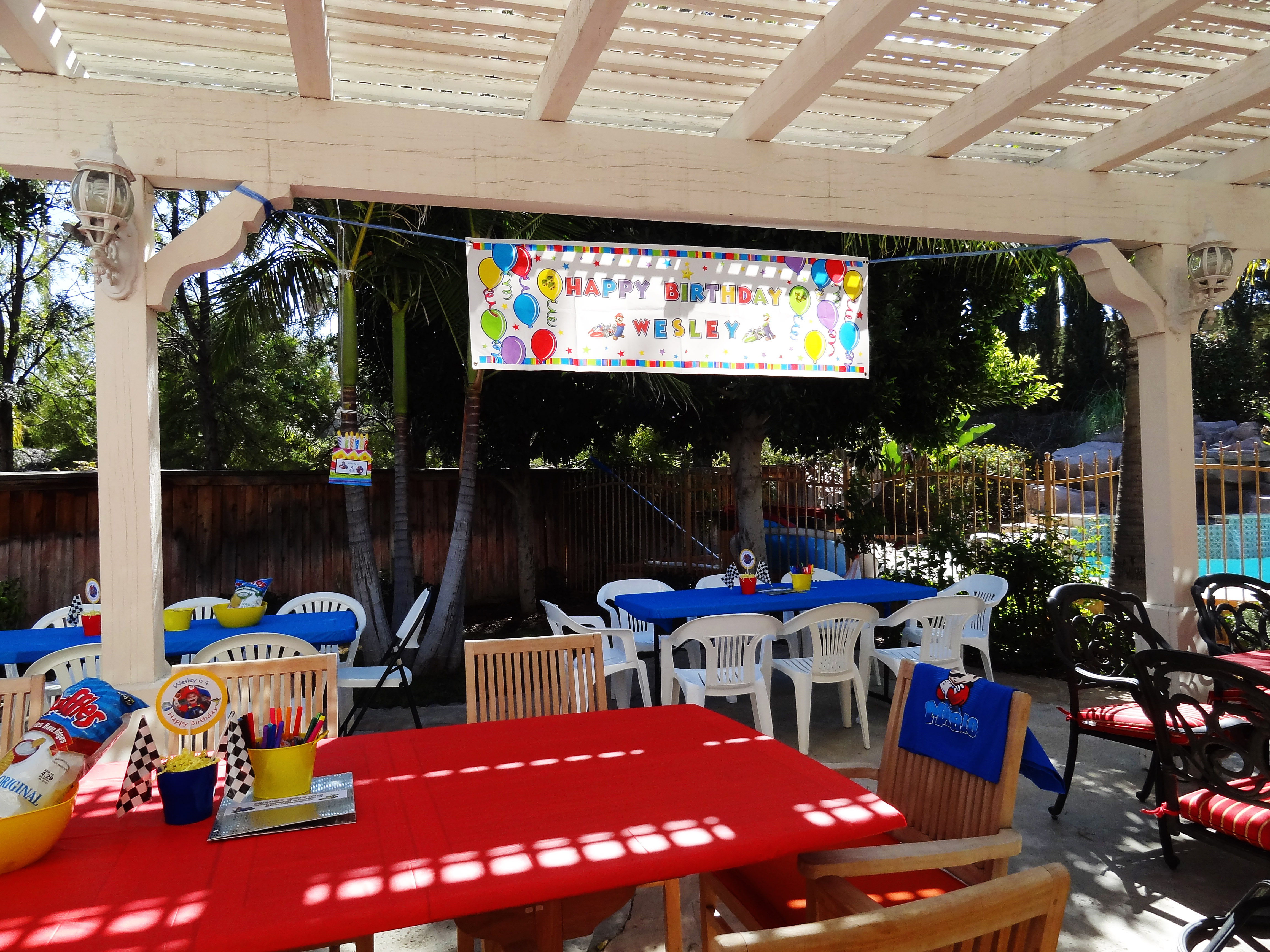 Real event a mario kart birthday party for Home decorations video
