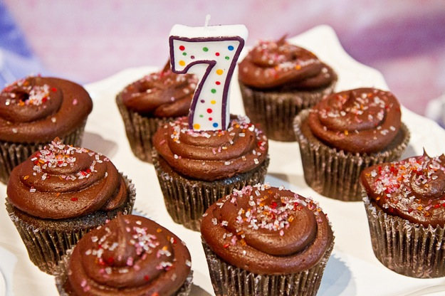 chocolate cupcakes with number 7