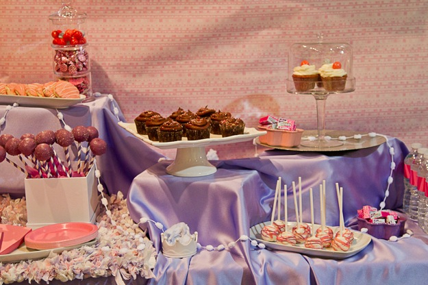 sweet table in purple and pink