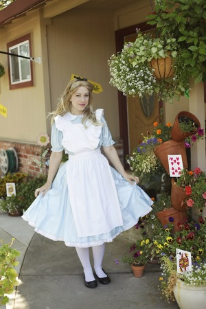 costume character for Alice in wonderland party