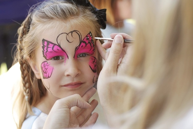 child's party with face painting