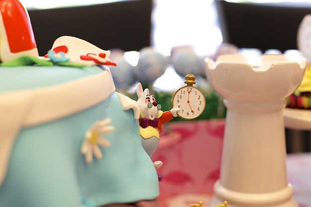 Mad Hatter detail from Alice in Wonderland cake