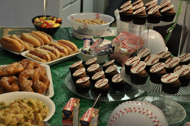 party buffet with baseball theme