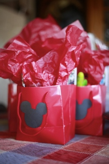 git bags Minnie Mouse