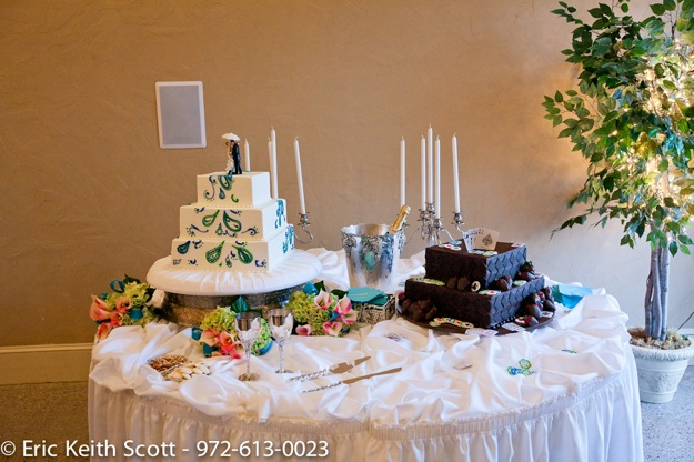 wedding cake and groom's cake
