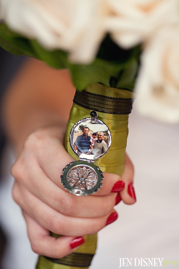 bouquet photo charm