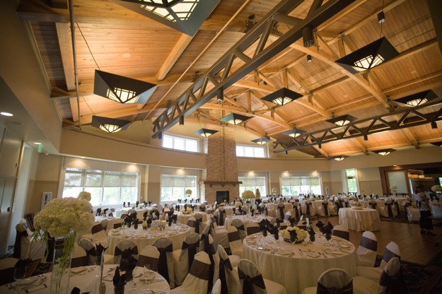 high ceiling country club for wedding reception