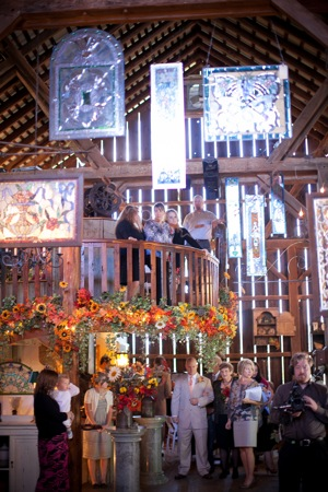 wedding party at barn