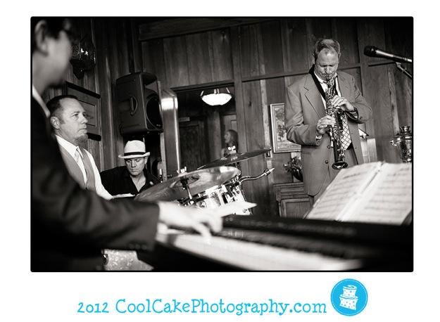 jazz band play at wedding