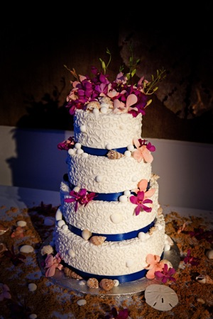 wedding cake with ocean themed