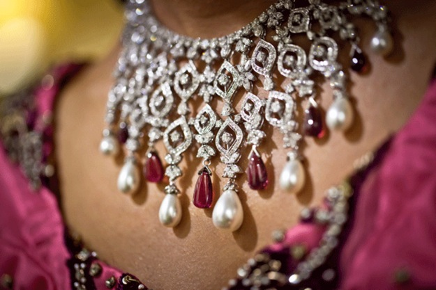wedding jewelry for Indian wedding