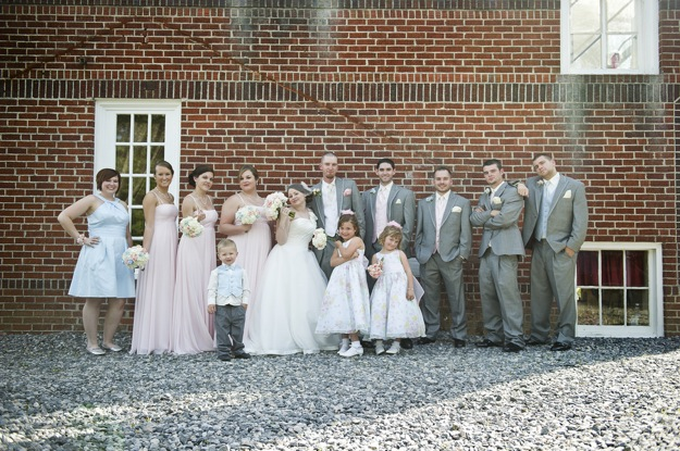 wedding photography large wedding party in grey and pink