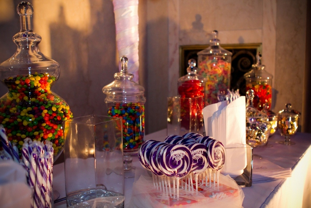 sweet table with purple color pallette