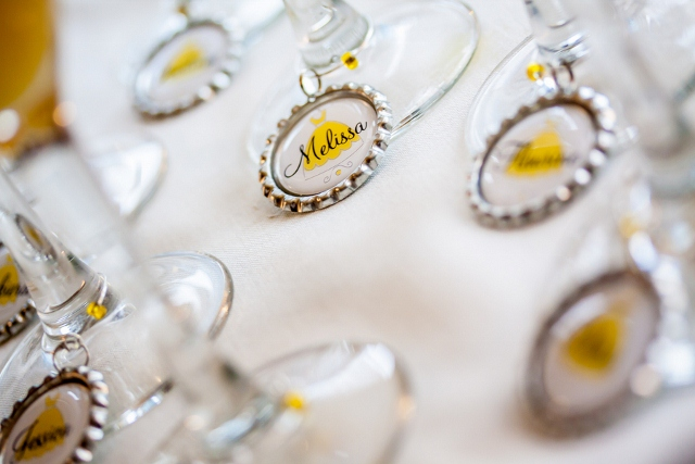 personalized tags on wine glasses