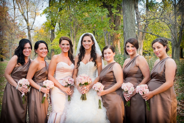maid of honor in pink bridesmaids in brown