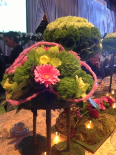 wedding centerpiece in pink and green