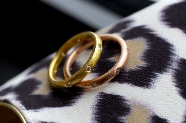 gold-copper-wedding-rings