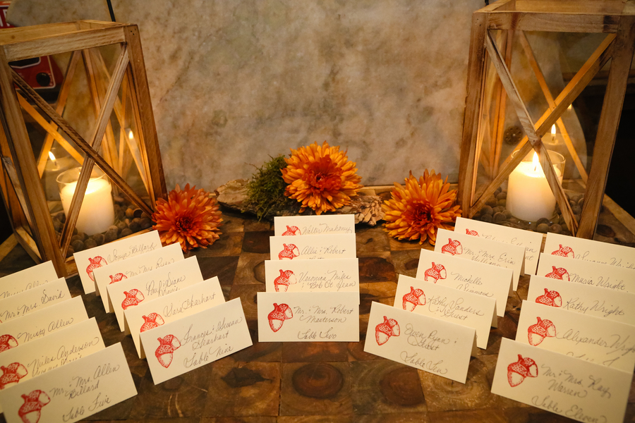Autumn wedding reception Places to have a fall wedding
